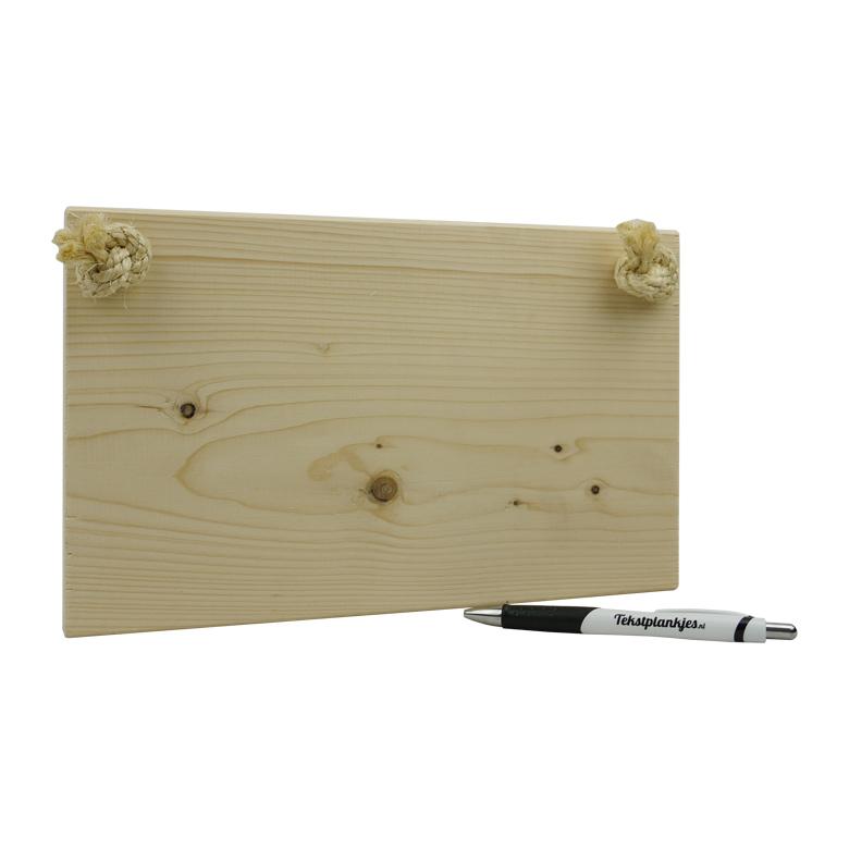 Ontwerp je eigen tekst op steigerhout wit