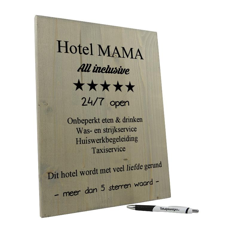 Tekst op hout - hotel mama