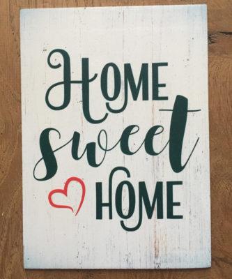 tekst op hout home sweet home