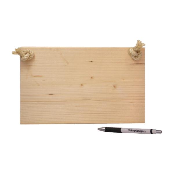 Ontwerp je eigen tekst op steigerhout liggend