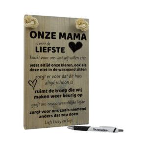 Tekst op hout tekstbord - mijn mama is echt de liefste