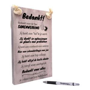 tekst op hout - origineel cadeau - tekstbord - bedankje voor je collega