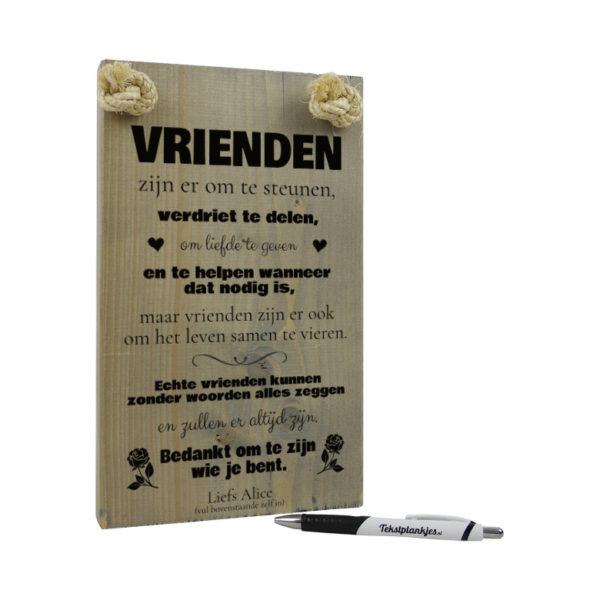 tekst op hout - tekstbord - origineel cadeau - vrienden zijn er voor je