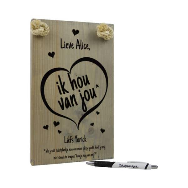 tekst op hout - origineel cadeau voor je vriendin - lieve naam ik hou van jou