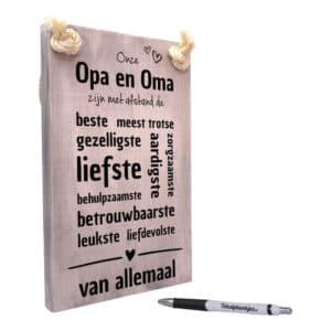 origineel cadeau opa en oma - tekstbord - tekst op hout - onze opa en oma zijn de beste en liefste van allemaal